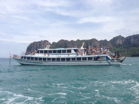 Ferry de Puket a Railay
