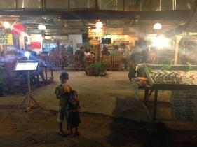 Local Thai Food restaurante en Railay