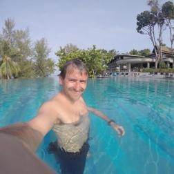 Hotel Pullman - La piscina a las 8 de la mañana