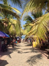 LLegando a la playa de Sayulita